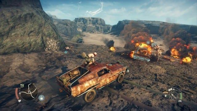 Chum (acima do carro), acompanha Max nas batalhas durante a gameplay com o carro